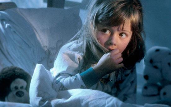 راههایی برای کاهش ترس از تاریکی کودکان