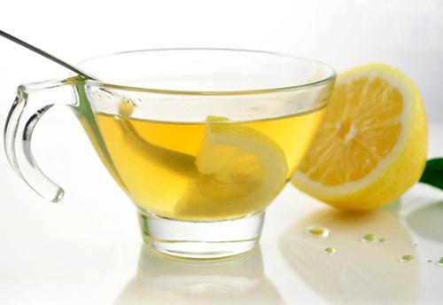 خواص نوشیدن آب و لیموترش در صبح