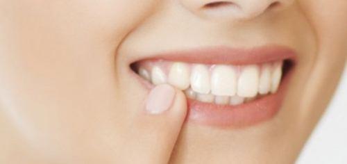 داشتن دندانهایی سالمتر با مصرف این غذاها