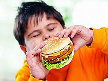 چگونه وزن کودکان را کاهش دهیم ؟