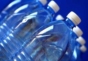 نوشیدن بیشتر آب منجر به لاغری می شود