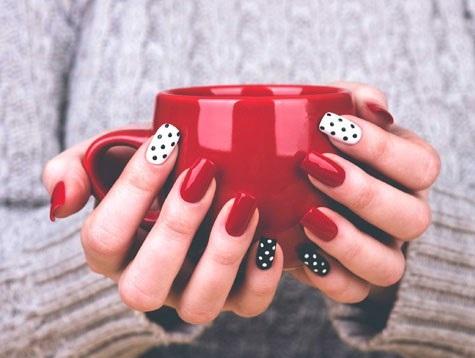 رنگ لاک ناخن هایتان در مورد شما چه می گویند؟
