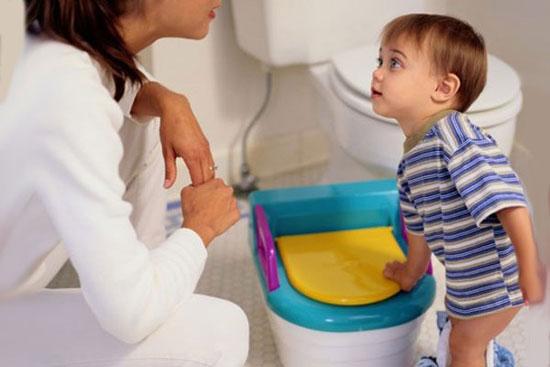 آیا کودکتان از دستشویی رفتن فرار میکند؟