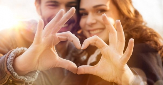۷ کاری که قبل از رابطه جنسی میتوانید برای قویتر کردن رابطهتان انجام دهید