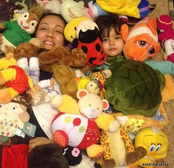 عکس پانته آ بهرام و خواهرزاده اش
