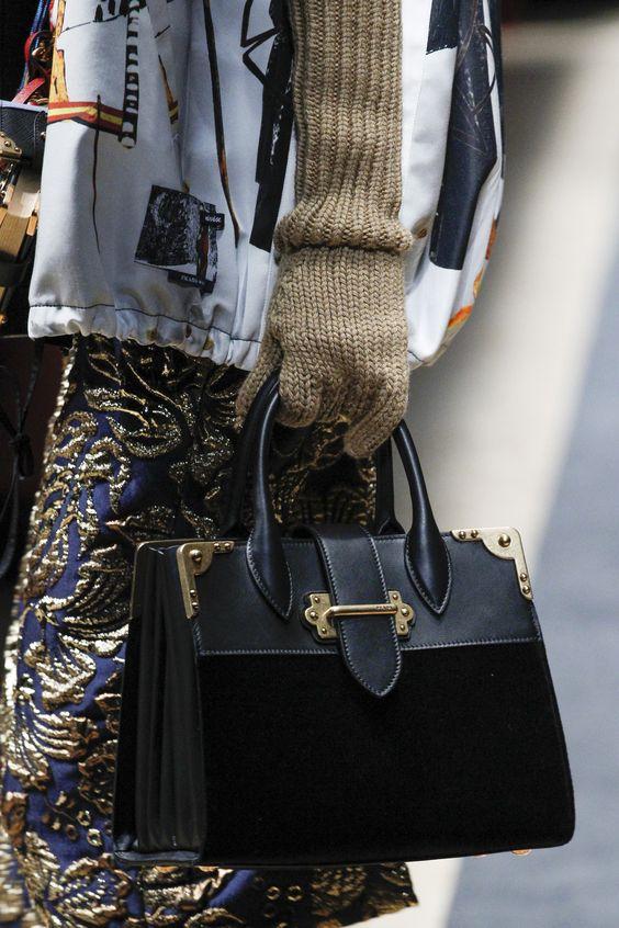 مدل کیف زنانه برند prada