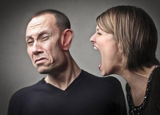 چه طور خشممان را کنترل کنیم و با افراد پرخاشگر چگونه رفتار کنیم؟