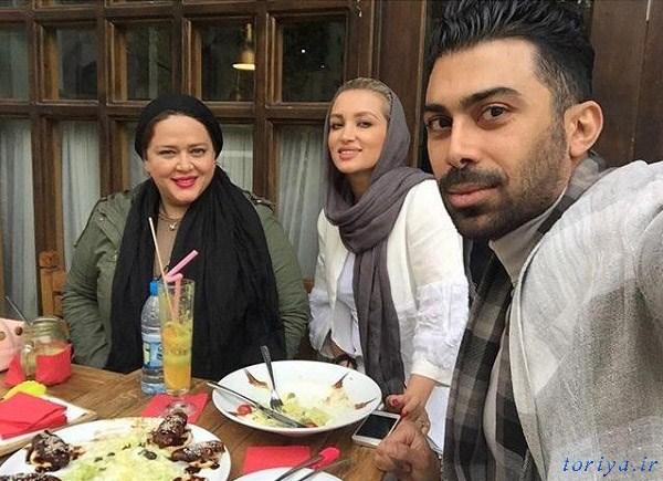 روناک یونسی و همسرش در کنار بهاره رهنما