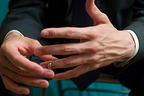 مردها بیشتر خیانت می کنند یا زن ها؟