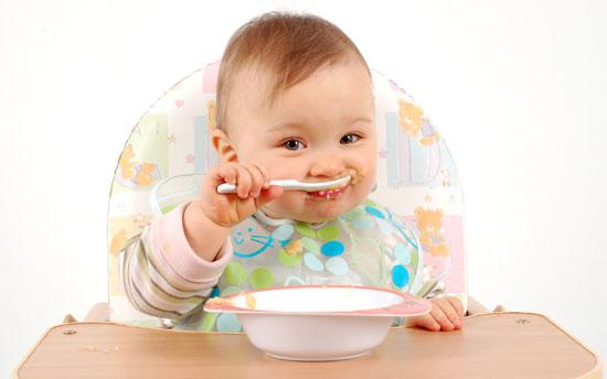 غذای کمکی به نوزاد چی بدیم؟