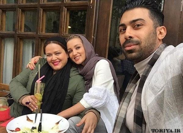 بهاره رهنما در کنار روناک یونسی و همسرش محسن میری