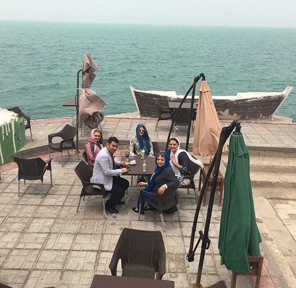 نرگس محمدی در کافه دلفین بوشهر