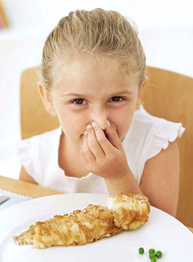 سرمیز غذا کمتر با کودکتان بجنگید!