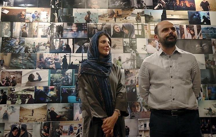 لیلا حاتمی و همسرش علی مصفا در باغ موزه قصر
