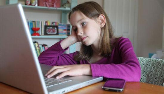 سوء استفادهی جنسی از کودکان در اینترنت