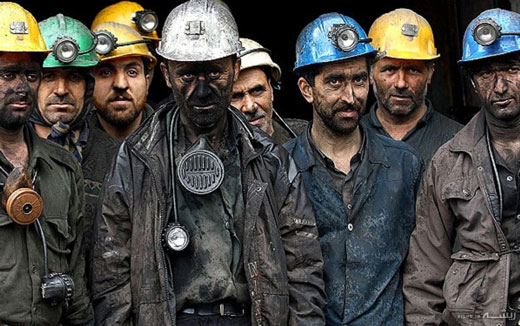کارگران مشغول اعتراض اند