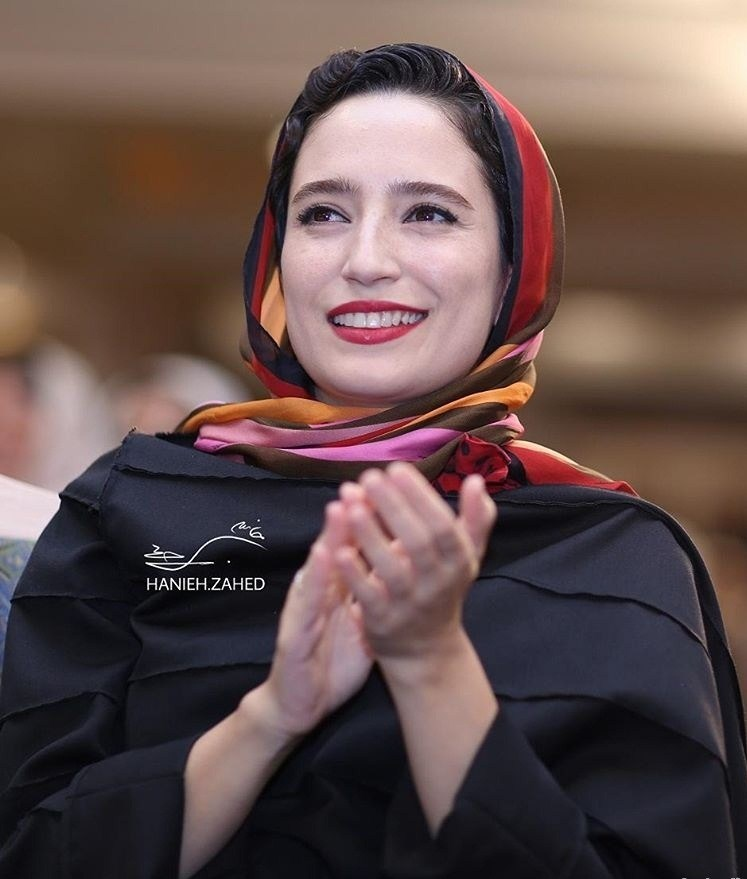 عکس نگار جواهریان در جشن روزنامه سینما