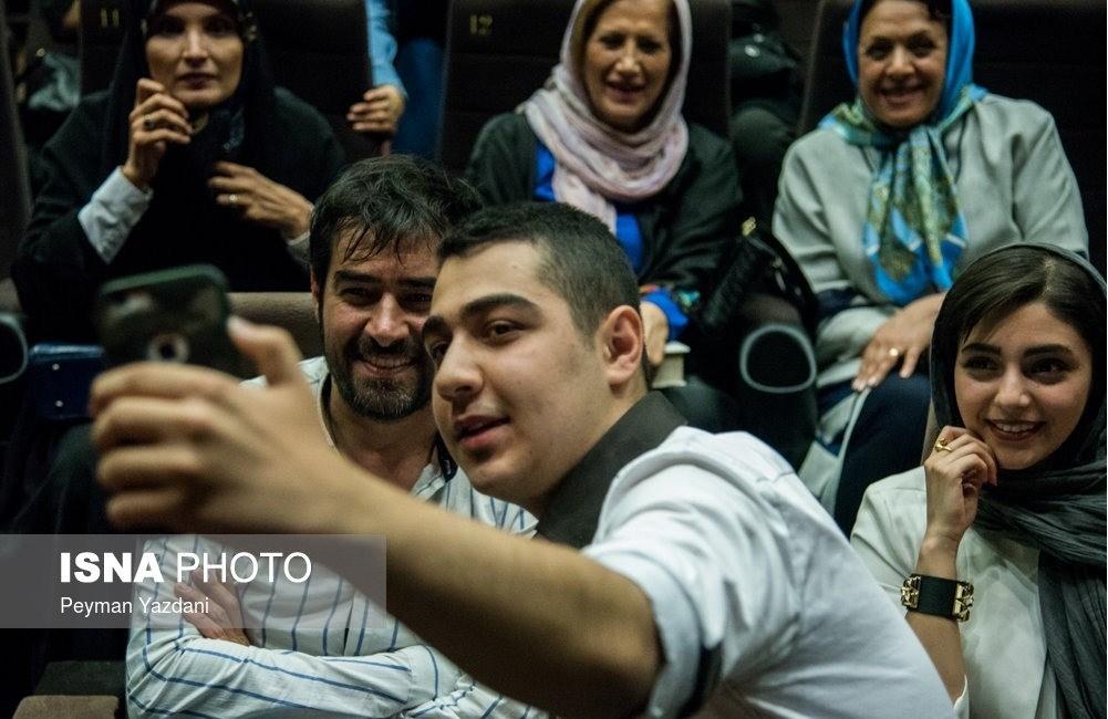 هستی مهدوی و شهاب حسینی در جشن گلریزان آزادی زندانیان