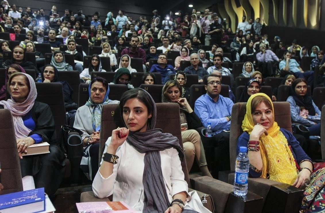 عکس جدید هستی مهدوی فر در خرداد 95
