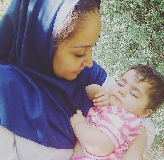 عکسهای جدید آرزو افشار و دخترش