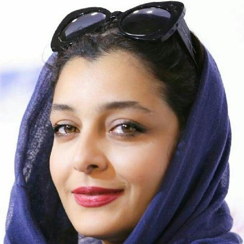 عکسهای ساره بیات در اکران مردمی فیلم بیست و یک روز بعد در سینما آزادی