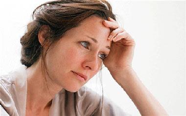 چرا زنان بیشتر از مردان افسردگی می گیرند؟