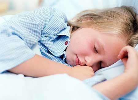 علتها و راههای مقابله با ترس های شبانه کودک