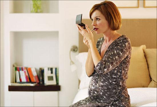نکاتی درباره آرایش خانم ها در دوران بارداری