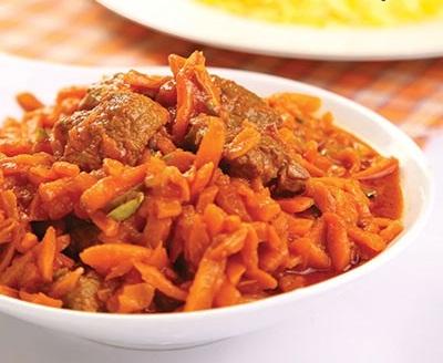خورش هویج و پسته با گوشت شترمرغ