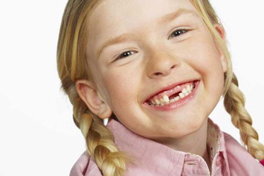 7 مشکل دندان در حوالی 7 سالگی