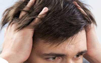 علتهای خارش سر و راههای درمان آن