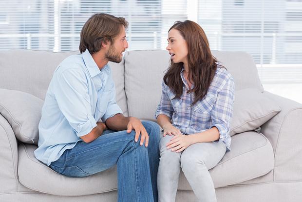 بعضی از مواردی که می توان درباره آن به همسر خود دروغ گفت