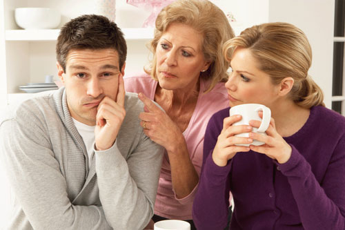 طرز برخورد و شناخت خانواده همسر